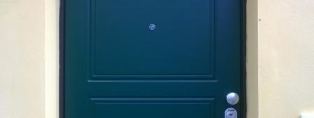 Portone di ingresso con pannello esterno pantografato stile classico